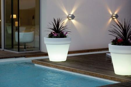 Maceteros que iluminan y decoran el rinc n de sonia for Ikea piscinas