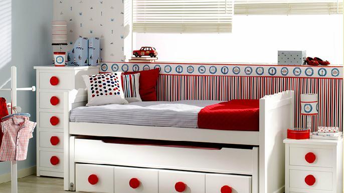 Tarimas para camas top como sillones para la sala with for Sillones con tarimas de madera