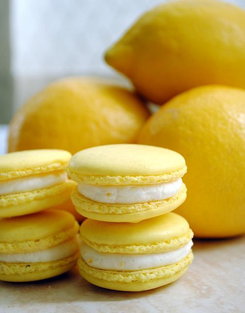 Baño Blanco De Limon:Macarons de limón con Ganache montada de chocolate blanco al