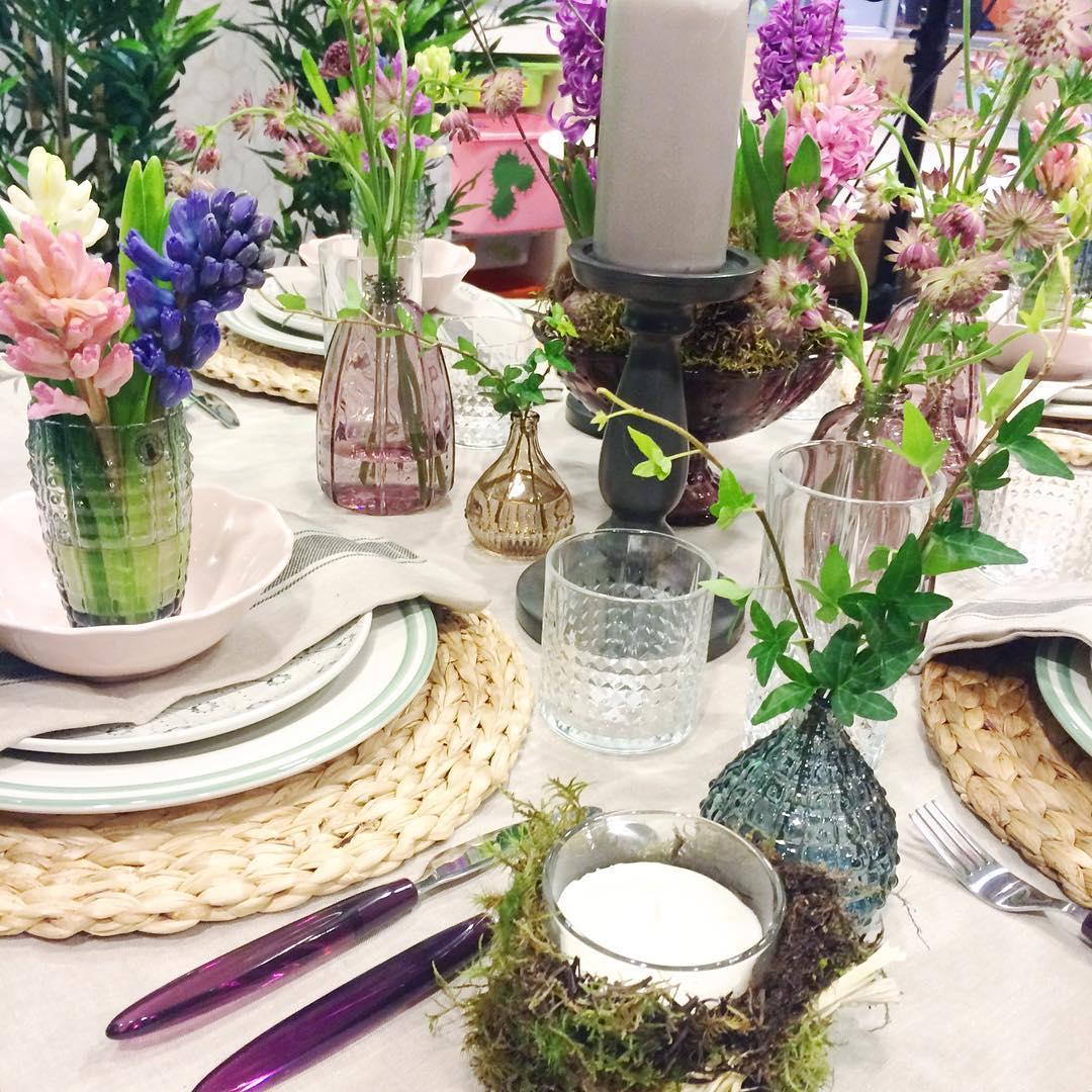 Detalles florales requetebonitos vistos en el taller de sallyhambleton inspiraccionhellip