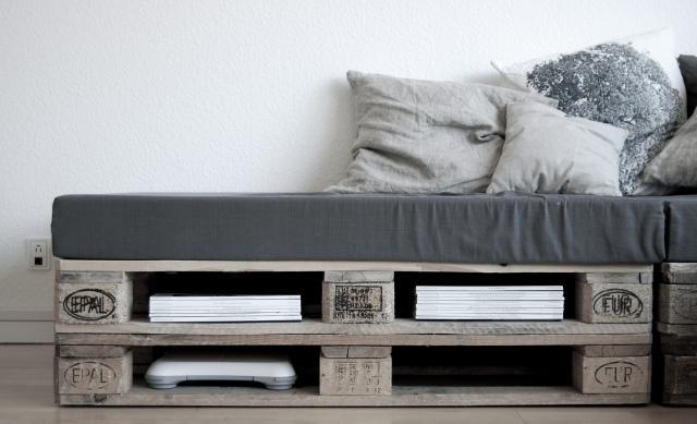 os animo a crear vuestro propio sof el cual podr tener las medidas que deseis adaptndolo sin problemas a esos espacios tan complicados que a veces se