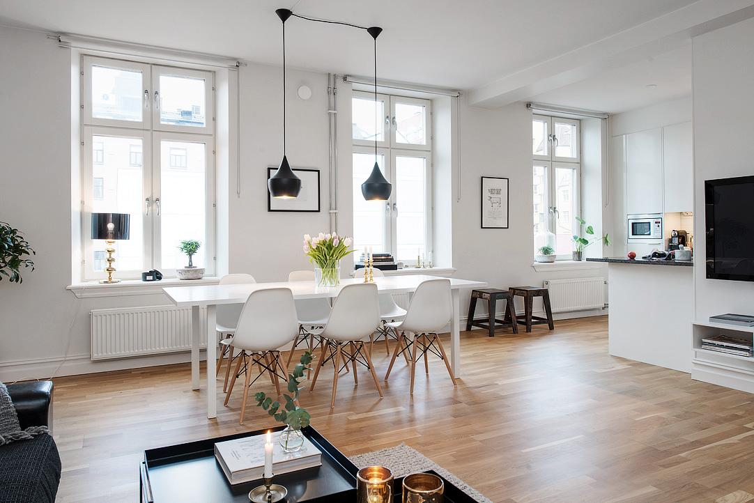 Una casa white black wood el rinc n de sonia for Pisos para living comedor