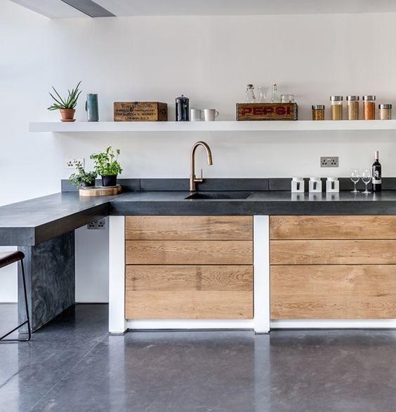 Cocina de madera y microcemento